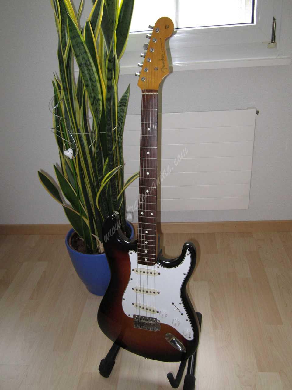 Fender JV und Squier Vintage Gitarren Spezifikationen Details 1982 ...