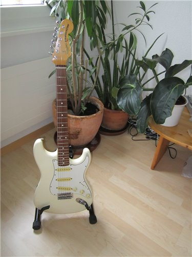 Squier Stratocaster ST62