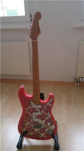 Fender Stratocaster ST57 Paisley