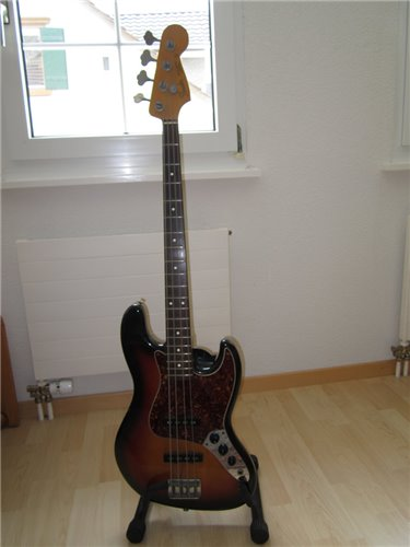 Fender Jazzbass 62 JV