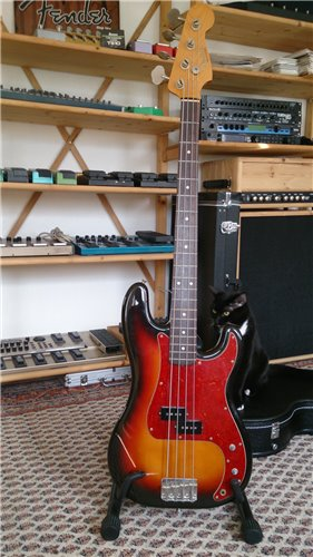 Fender Precision Bass 62