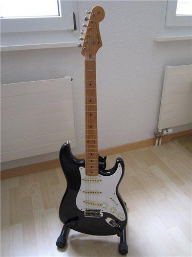 Fender Stratocaster ST54-55