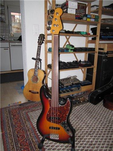 Fender Jazzbass 62 Fretless