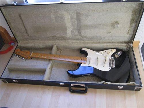 Fender ST57-115