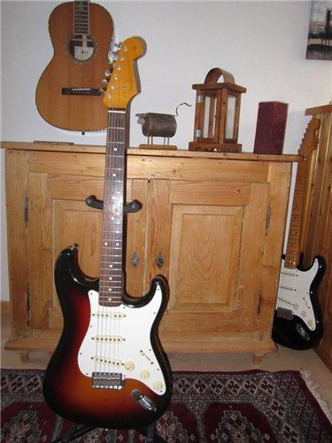Fender Stratocaster ST62-900