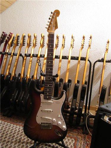 Fender StratocasterST62-65 JV
