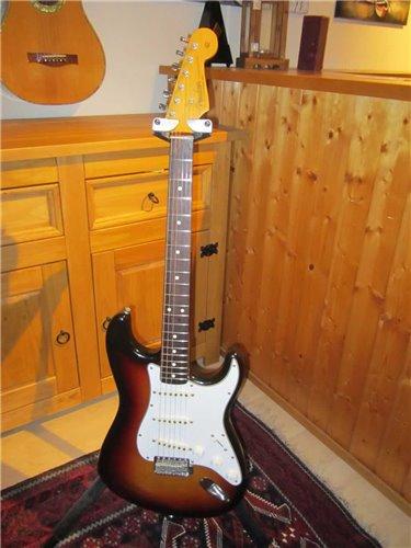 Fender Stratocaster JV ST62-85