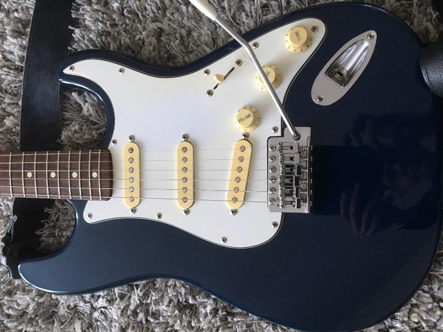Ungewöhnlich Fender Stratocaster Gitarre Schaltpläne Dummy Spule ...
